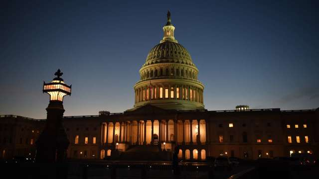 重磅!美眾院以220:211票通過1.9兆美元新刺激法案。(圖片:AFP)