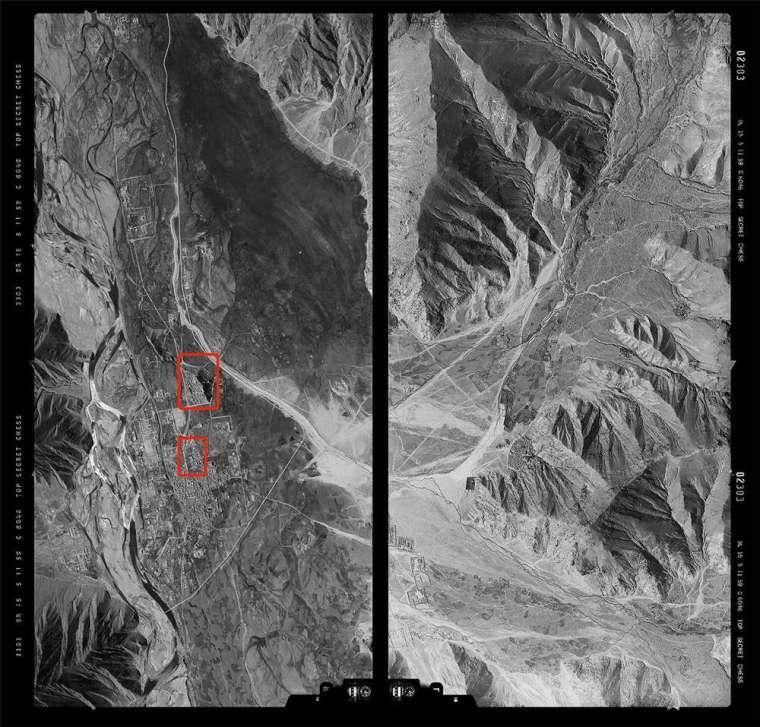 1959 年,美軍飛行員駕駛 U-2 偵察機所拍下的西藏拉薩航照圖,圖中紅框處即是布達拉宮。當年沒有 GPS,飛行員只能憑藉紙本航圖、無線電導引,判斷航線方向與偵察目標。 圖│美國 NARA 典藏、徐林先生提供