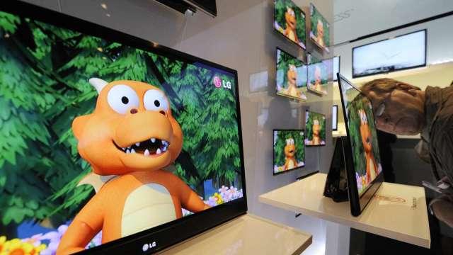 中面板廠再奪OLED市場龍頭? 去年佔率躍升至13.2%(圖片:AFP)