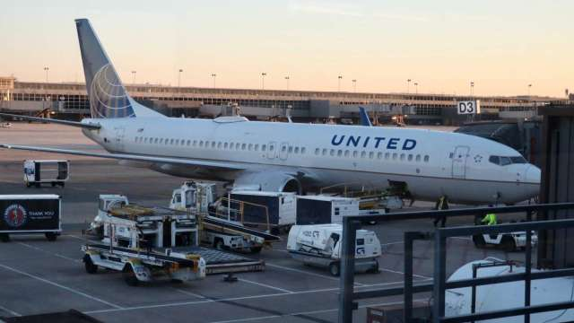 美國旅遊需求回溫 機場吞吐量一年來最高 (圖片:AFP)