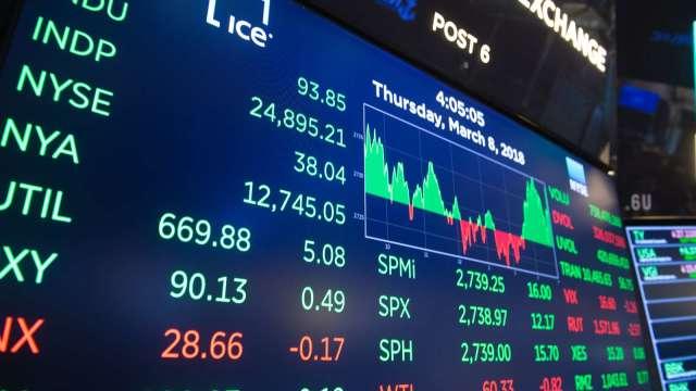 散戶獲得紓困支票當日 或將買入美股達30億美元(圖片:AFP)