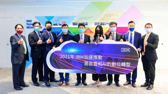 台灣IBM推動混合雲、AI數位轉型,鎖定五大需求。(圖:台灣IBM提供)