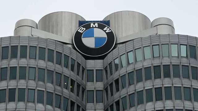BMW預期2030年前電動車佔銷售比重至少五成 (圖:AFP)