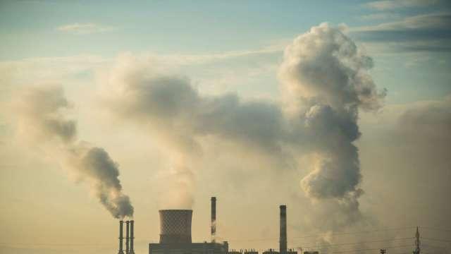 7月前中國碳權交易於上海推出 (圖片:AFP)