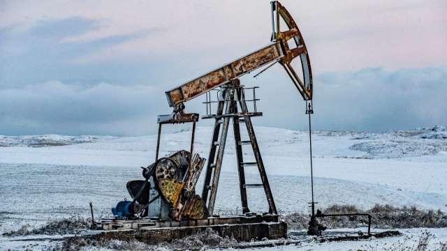〈能源盤後〉中東緊張局勢加劇 原油6日來首見收高 但本週仍重挫 (圖片:AFP)