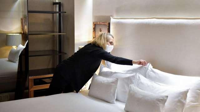 美國國旅旺!飯店入住率創疫情來新高 分析師:小心紓困後「高糖效應」(圖:AFP)