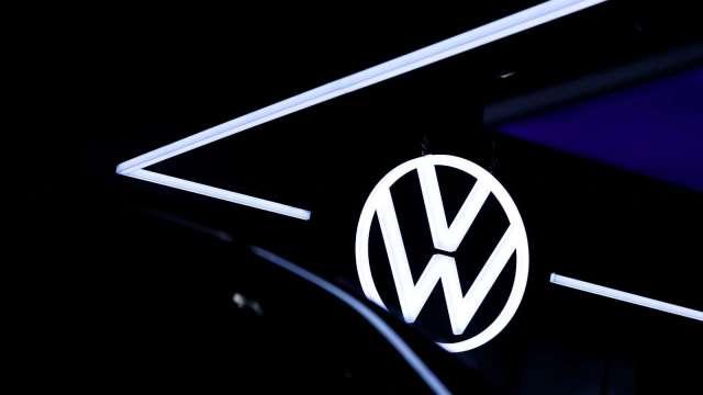 看好福斯電動車戰略 德銀:純電動車銷量最快明年勝過特斯拉 (圖:AFP)