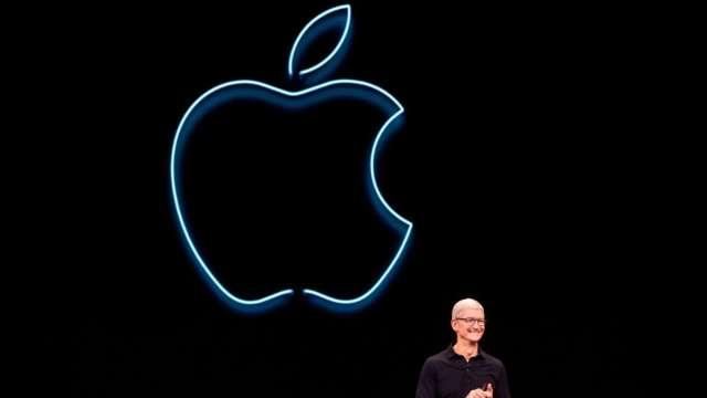 自駕電動車狂潮不止 華爾街估蘋果、特斯拉市值衝3兆美元 (圖:AFP)