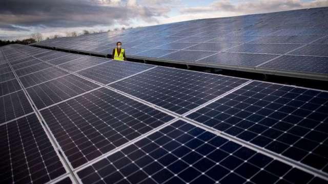 大亞綠能擬斥9.38億元收購大同旗下志光能源 將接手台南太陽能案場。(圖:AFP)
