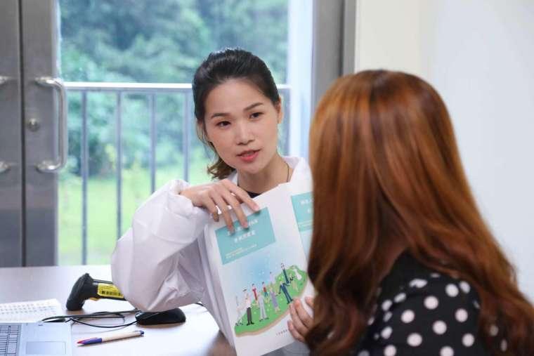 臺灣人體生物資料庫收集案件需要充分的說明,並徵得受試者同意。 圖│Taiwan Biobank