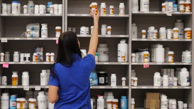 美國FDA海外查廠時程續延期 台藥證到手時程不明朗。(圖:AFP)