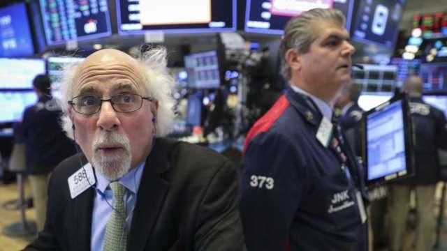 基金斷頭賣壓罩頂 美股收低 波音助漲 道瓊再創新高   (圖:AFP)