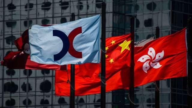 【袁志峰】A股若回暖,港股追落後 (圖:AFP)