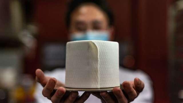 通膨壓力升?金百利克拉克宣布衛生紙6月漲價 其他大廠可能跟進 (圖:AFP)