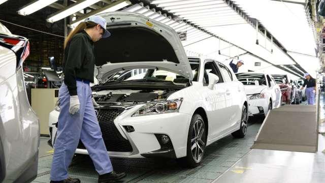 日本3月製造業PMI小幅回升 今後12個月的產出看法樂觀 (圖片:AFP)