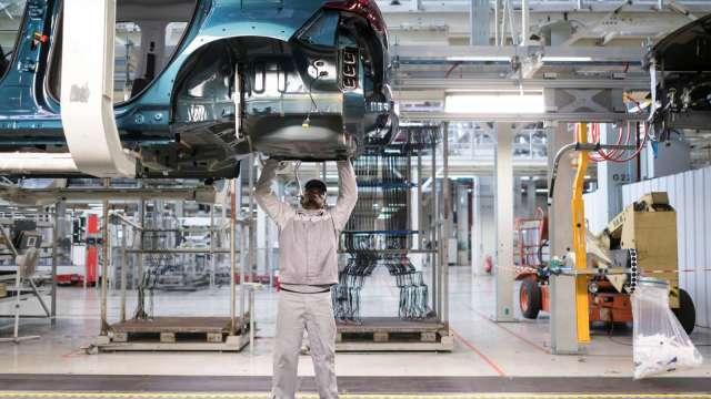 亞德客汽車產業應用出貨動能強。(圖:AFP)