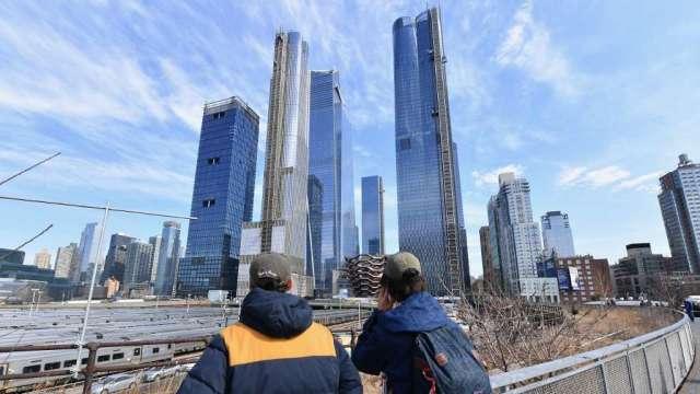 房屋庫存持續下降 美國房價高燒不退(圖:AFP)