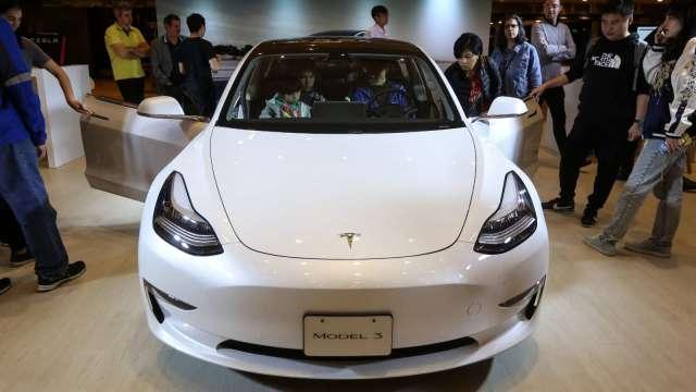 Model 3降價加購車補助更優 3月日本特斯拉銷量是去年同期13倍 (圖片:AFP)