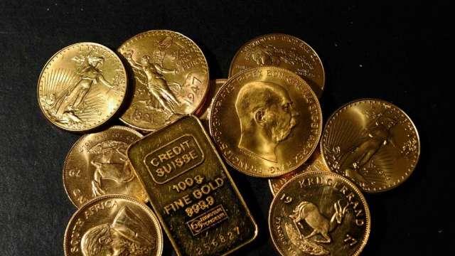 買黃金對抗通膨 美國鑄幣局Q1金幣銷售寫逾20年最佳(圖:AFP)