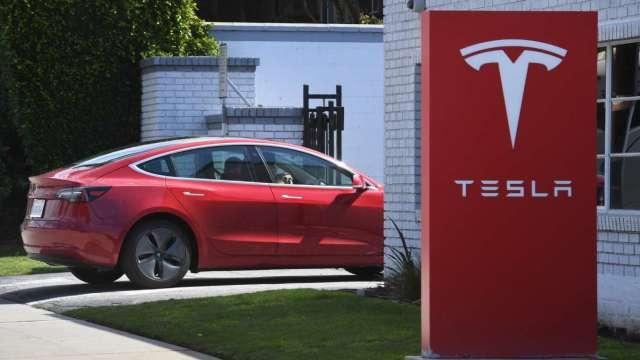 特斯拉新款Model S、Model X 傳延誤交車數個月 (圖:AFP)