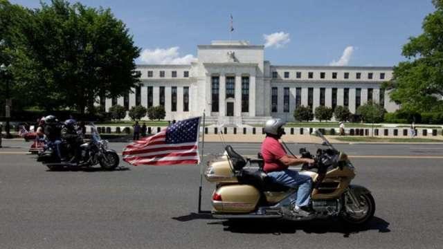 Fed官員:經濟復甦要眼見為憑 通膨壓力僅短期現象(圖:AFP)