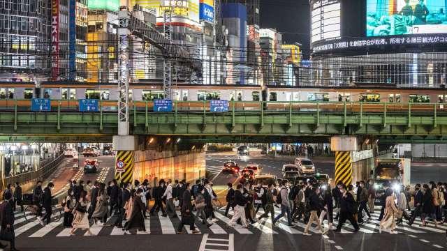 繼大阪後更多地區疫情也升溫 日本計劃東京、京都等重啟封城措施(圖:AFP)