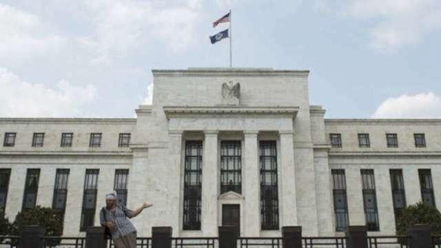 Fed副主席:年底通膨率數字是關鍵 若高於2%將納入決策考量 (圖:AFP)