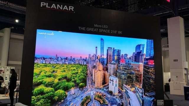晶電子公司元豐新科技技術導入利亞德的超小間距 LED 顯示屏。(圖:晶電提供)