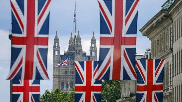 調查:英國經濟有望在2022年恢復至疫情前的水準(圖片:AFP)