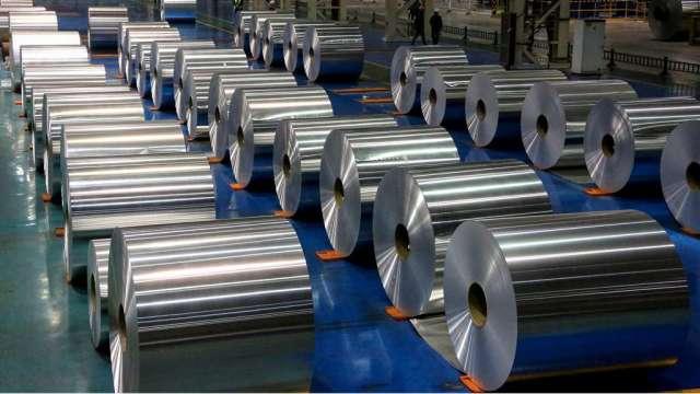 中國傳祭鋁限產 大成鋼:鋁捲板Q2漲幅再擴大。(示意圖:AFP)