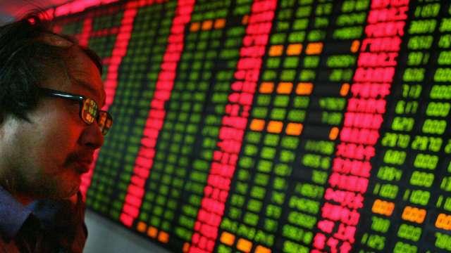 中國股市冷 基金延長募集、發行失敗頻傳(圖片:AFP)