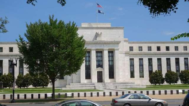 Fed褐皮書:美國經濟復甦加速 短缺及供應鏈問題受關注(圖:AFP)