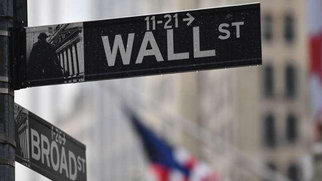 美股期貨走升 Coinbase盤前漲10%(圖片:AFP)