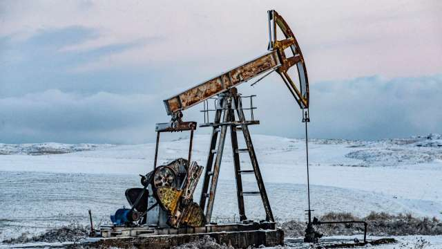 〈能源盤後〉需求前景激勵 油價4連漲 登上1個月高點 (圖片:AFP)