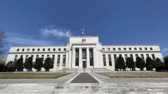 Fed研究報告:疫情造成企業倒閉數低於預期 對失業率影響小(圖片:AFP)
