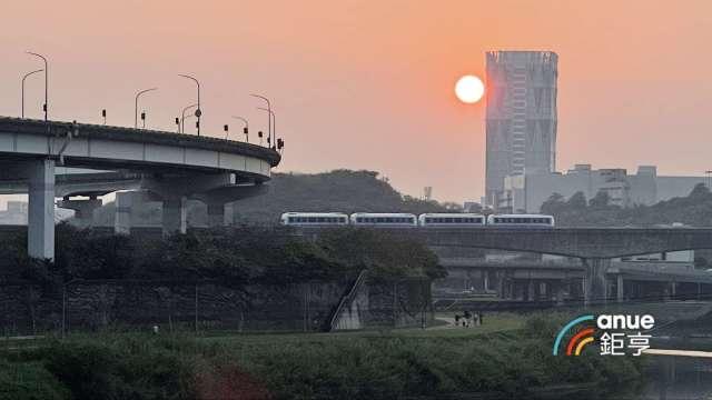 捷運南港展覽館週邊住宅5年跌幅2.9%。(鉅亨網記者張欽發攝)
