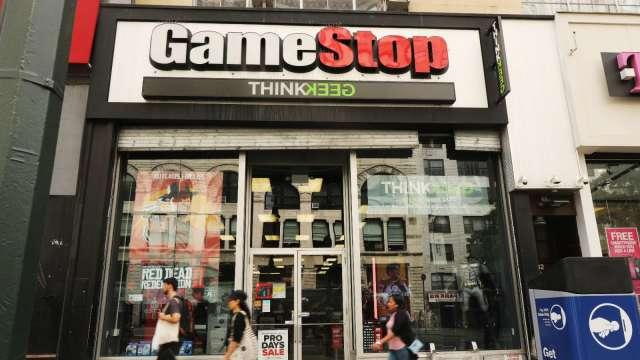 GameStop宣布執行長7月底前離任 盤中股價飆10% (圖:AFP))