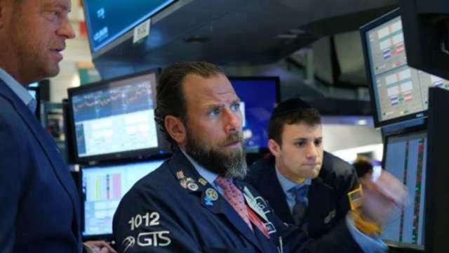 〈美股盤後〉科技股領跌 美股盡墨 費半、台積電ADR跌逾2.5% (圖:AFP)