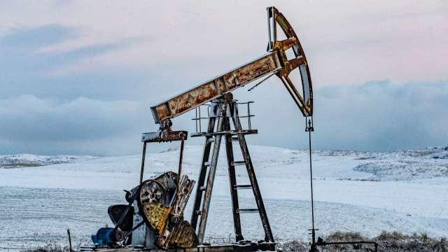 〈能源盤後〉利空三重奏!印度疫情、伊朗核協、反OPEC法案 原油下跌 (圖片:AFP)