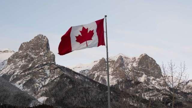 主要經濟體第一個暗示退場!加拿大央行縮減QE 明年可能升息 (圖:AFP)