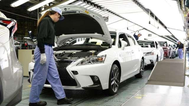 日本4月製造業PMI報53.3 持續跨越景氣榮枯線 (圖片:AFP)