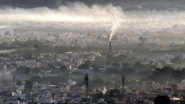 研究:若不控制氣候變遷 至2050年將使全球GDP減少近2成(圖片:AFP)