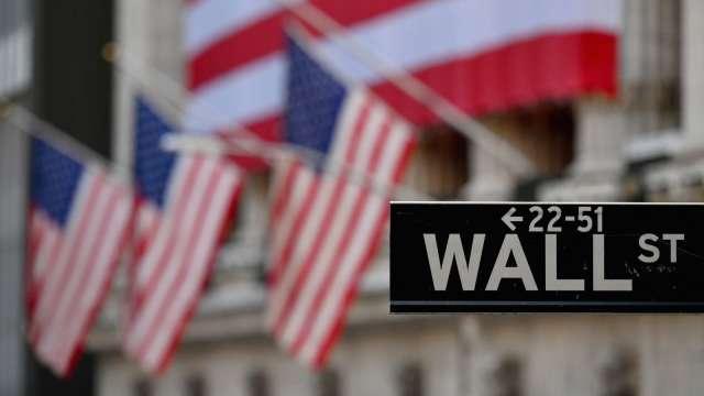 美股期貨小漲 Coinbase盤前跌逾2%(圖片:AFP)