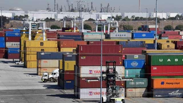 航運需求緊逼壓力山大 今年貨櫃落海損失近5500萬美元(圖:AFP)