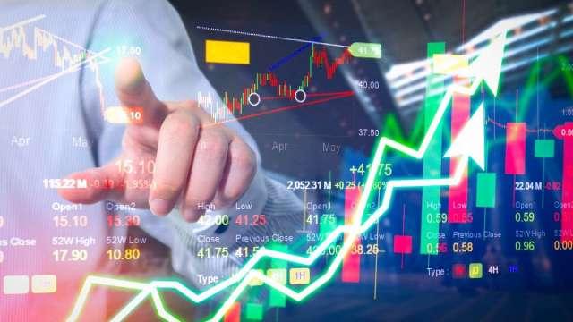 張志誠觀點:第一季財報將出爐 股票是牛還是熊?要分清楚。(圖:shutterstock)