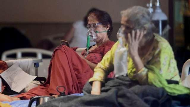 吳釗燮:外交部購得150台製氧機 周末送往印度。(圖:AFP)