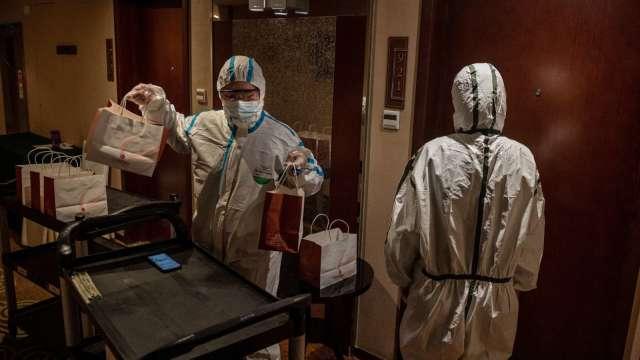 諾富特桃機飯店主管染疫 內部恐有傳播鏈 412人撤出。(圖:AFP)