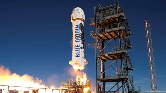 太空旅遊時代來臨 貝佐斯旗下藍色起源即將開始售票(圖片:AFP)