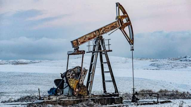 〈能源盤後〉全球成長擔憂情緒再起 惟本週本月原油均收高 (圖片:AFP)