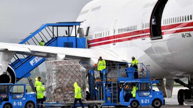 航空貨運系統吃緊 4月份的承載率達到71%(圖片:AFP)